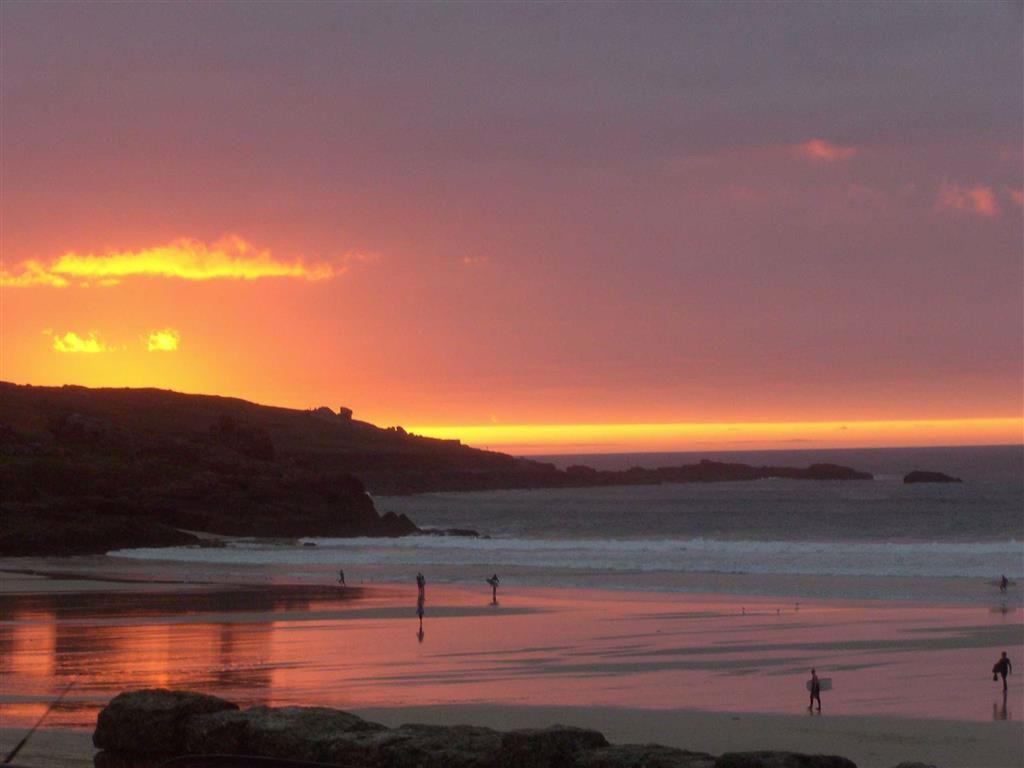 Sunset on porthmeor beach