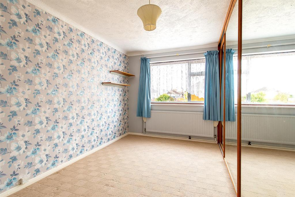 Bourne Grove bedroom1.jpg