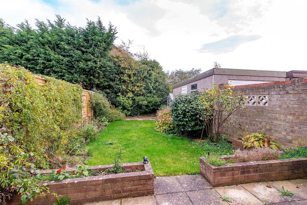 Bourne Grove garden1.jpg