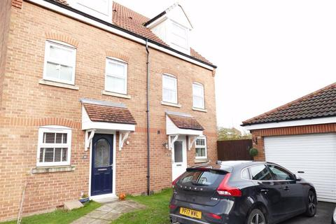3 bedroom semi-detached house for sale - Kings Court, Market Weighton