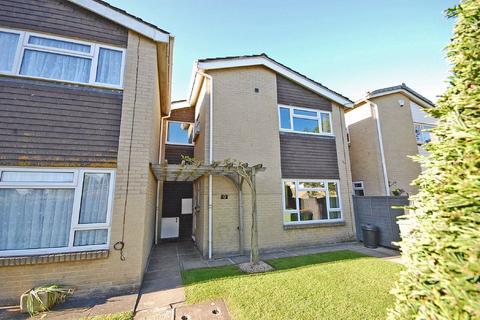 3 bedroom terraced house for sale - Buckles Close, Charlton Kings, Cheltenham, GL53