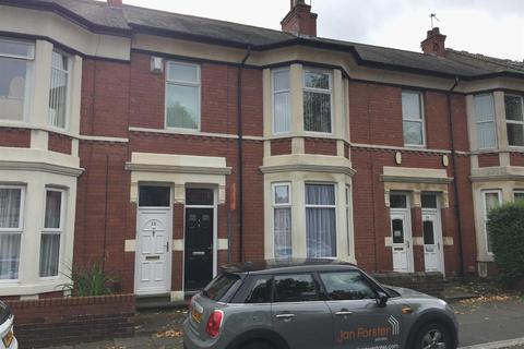 2 bedroom flat to rent - Queen Alexandra Road, North Shields