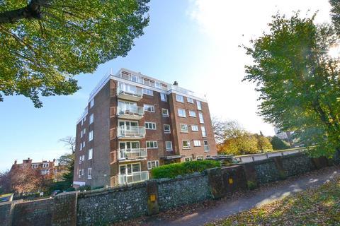 2 bedroom flat for sale - Meads Road, Eastbourne