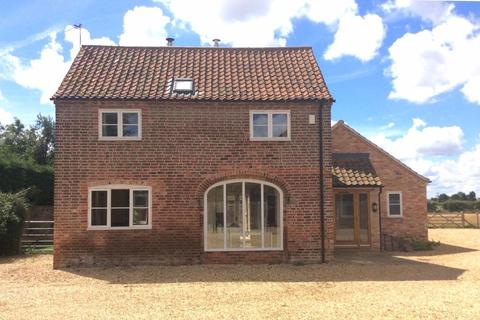 3 bedroom barn conversion to rent - The Old Stackyard Barn