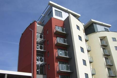 1 bedroom flat to rent - 18 South QuayKings RdThe MarinaSwansea