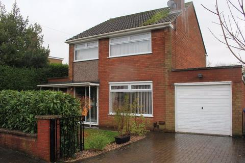3 bedroom semi-detached house to rent - Porlock Avenue, Baswich, Stafford, ST17 0HS
