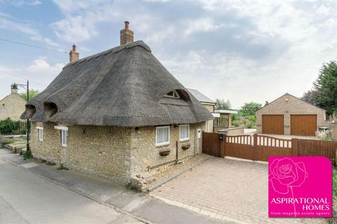 4 bedroom village house to rent - Cairn Cottage, North Street, Titchmarsh