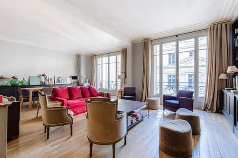 4 bedroom apartment - Paris 07, Ile-De-France, Paris