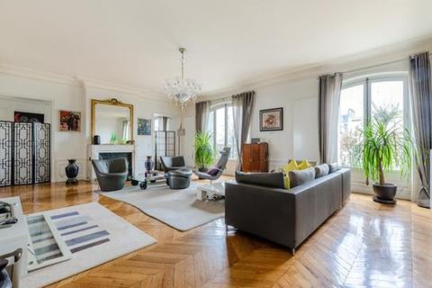 4 bedroom apartment - Paris 16, Ile-De-France, Paris