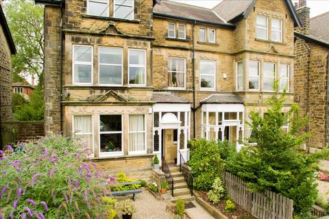 2 bedroom apartment to rent - Apartment 2, 8 West Cliffe Mount, in the fabulous Cold Bath Road area of Harrogate, HG2 0PR