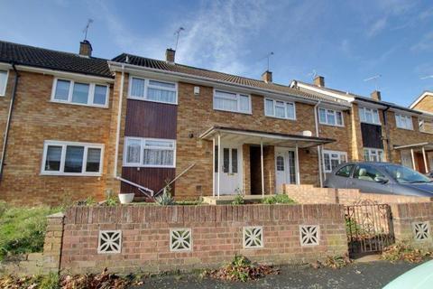3 bedroom terraced house to rent - Curling Tye Basildon Essex SS14 2PZ