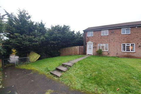 3 bedroom semi-detached house to rent - Barnston Close, Luton, LU2