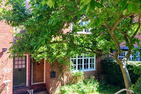 2 bedroom terraced house to rent - Moor Pool Avenue, Harborne, Birmingham B17