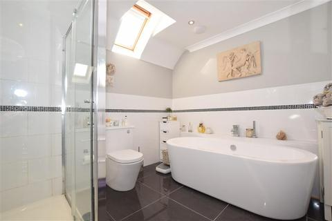 5 bedroom detached house for sale - Charlesford Avenue, Kingswood, Maidstone, Kent