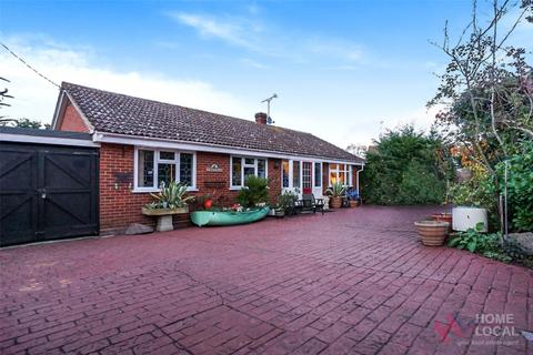 3 bedroom detached bungalow for sale - Imperial Avenue, Mayland, CM3