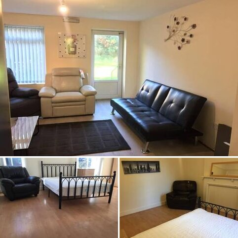 8 bedroom semi-detached house to rent - Wellington Rd , Fallowfield , Manchester M14