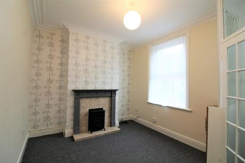2 bedroom terraced house to rent -  Bedford Road,  Blackpool, FY1