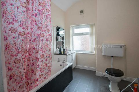 3 bedroom house share to rent - Hill Street, Manchester, M20 3FY