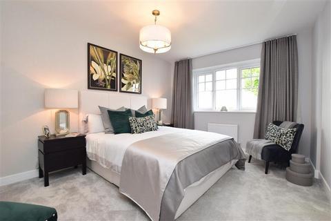 4 bedroom detached house for sale - Little Meadow, Cranleigh, Surrey