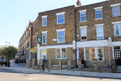 3 bedroom apartment to rent - Albion Road, N16