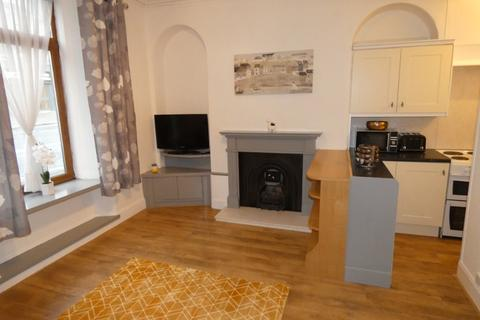 1 bedroom flat to rent - Menzies Road , Torry, Aberdeen, AB11 9BH