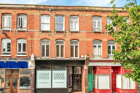 3 bedroom flat to rent - Springbank Road Hither Green SE13