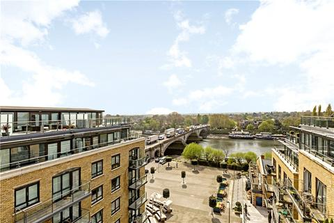 3 bedroom flat for sale - Kew Bridge Road, Brentford, TW8