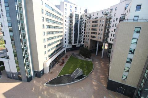 2 bedroom apartment to rent - GATEWAY EAST, LEEDS WEST YORKSHIRE. LS9 8AU