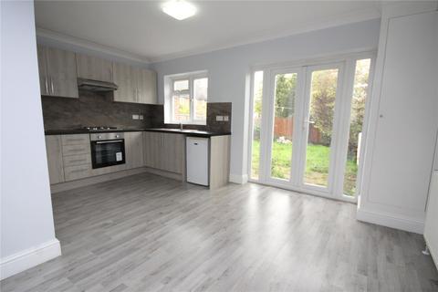 5 bedroom terraced house for sale - Morris Road, Heaton Grange, RM3