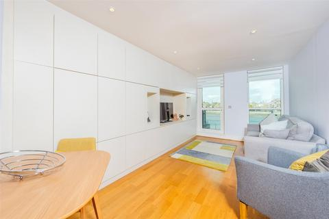 2 bedroom apartment for sale - Galleon House, St George Wharf, Vauxhall, SW8
