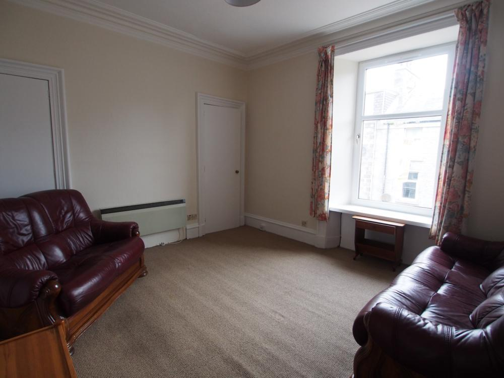 009 Livingroom