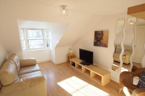 1 bedroom flat to rent - Crown Street, Top Right, AB11