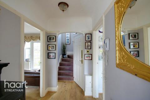 4 bedroom semi-detached house for sale - Leigham Court Road, London