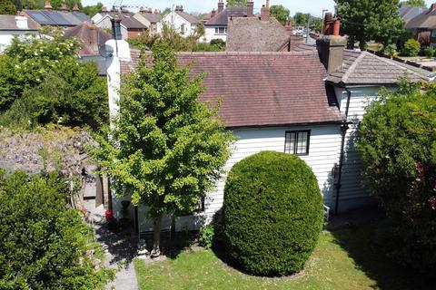 3 bedroom cottage for sale - Peony Cottage 25 Kingston Road,  Ewell Village, KT17