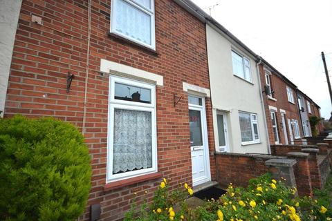 3 bedroom terraced house to rent - Lisle Road, Colchester, Essex, CO2