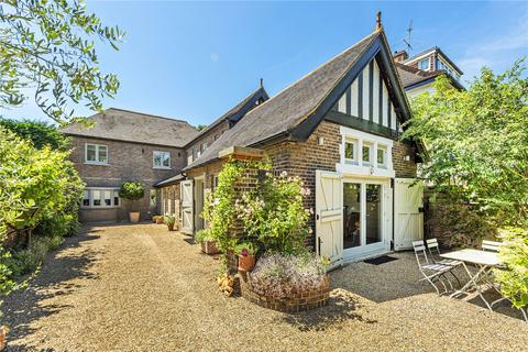 5 bedroom detached house to rent - Church Road, Ham, Richmond, Surrey, TW10