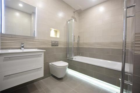 2 bedroom flat for sale - Flat 1, 1 Massetts Road, HORLEY, Surrey, RH6 7PR