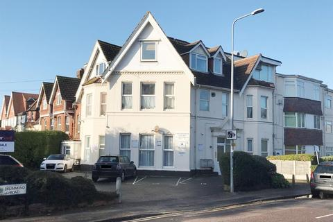 1 bedroom flat for sale - 21 Caledonian Court, 446 Christchurch Road, Bournemouth, Dorset
