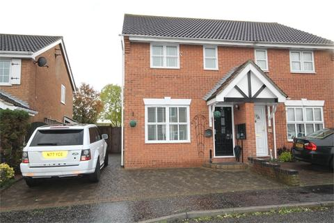 3 bedroom detached house to rent - Raycliff Avenue, CLACTON-ON-SEA