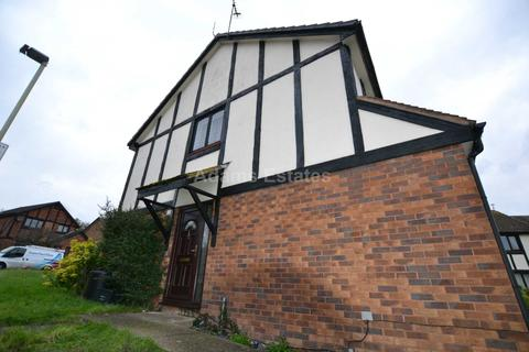 1 bedroom flat to rent - Knossington Close, Reading