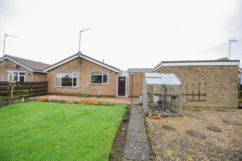 2 bedroom detached bungalow for sale - Yeldersley Close, Holme Hall