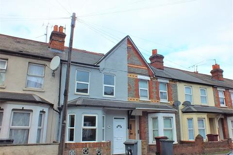 3 bedroom terraced house to rent - Beresford Road, Reading
