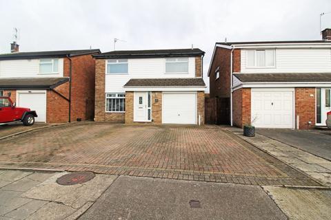 4 bedroom detached house for sale - Walnut Tree Close, Radyr