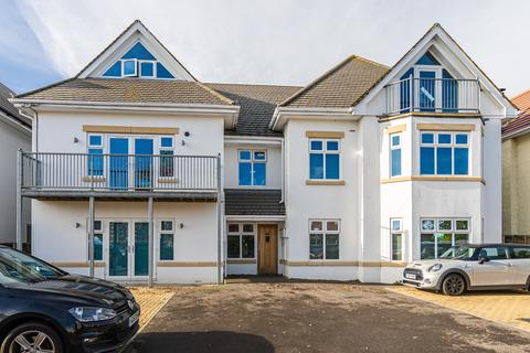 2 bedroom apartment to rent - Pinecliffe Avenue, Southbourne