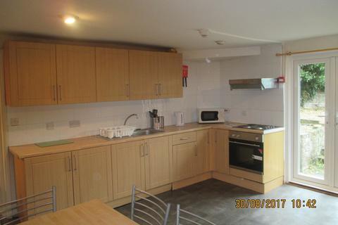 5 bedroom maisonette to rent - Clarendon Road, Southsea