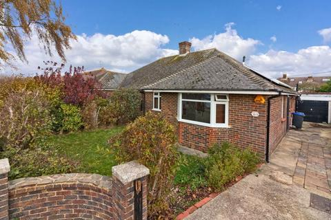 3 bedroom bungalow for sale - Alfriston Road, Worthing