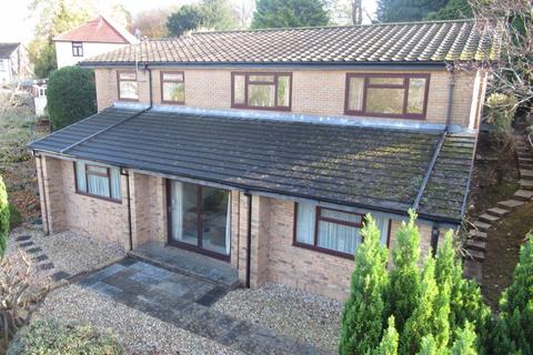 4 bedroom detached house for sale - Lynbourne House, Park Road, Penygraig, CF40 1SU