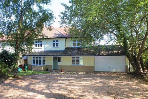 5 bedroom semi-detached house to rent - Cryals Road, Tonbridge