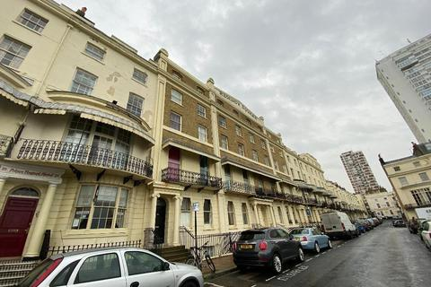 2 bedroom flat to rent - Regency Square, Brighton, East Sussex, BN1 2FH