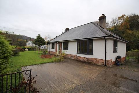 3 bedroom detached bungalow to rent - New Road, Glyn Ceiriog